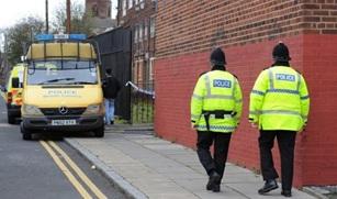 В Великобритании арестованы священники.